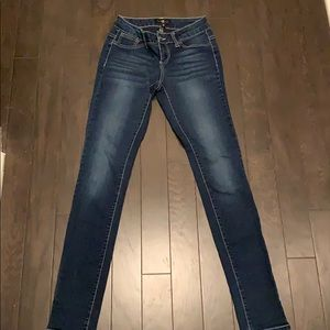 Cello Skinny jeans size 3 Barely worn